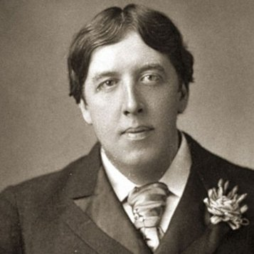 cropped_MI-oscar-wilde-black-and-white